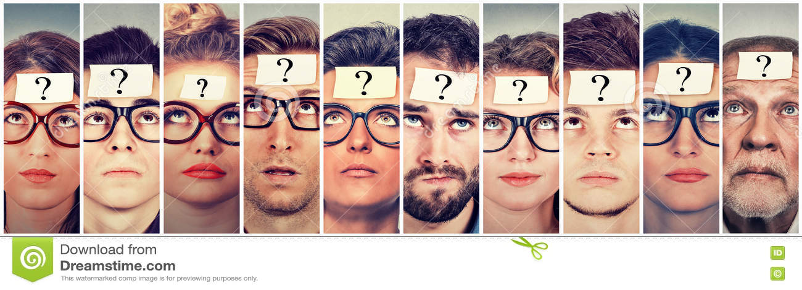 Gruppo multietnico di gente di pensiero con il punto interrogativo