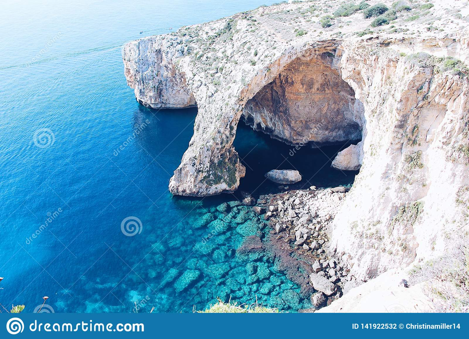 A gruta azul em Malta
