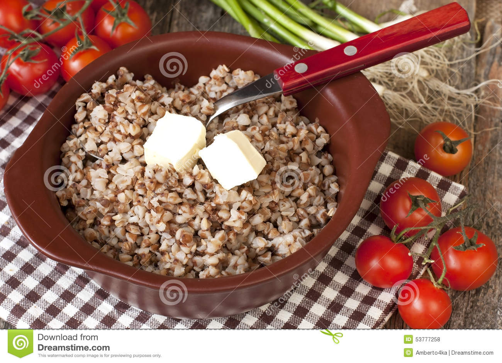 Gryczana owsianka z masłem - zdrowy łasowanie