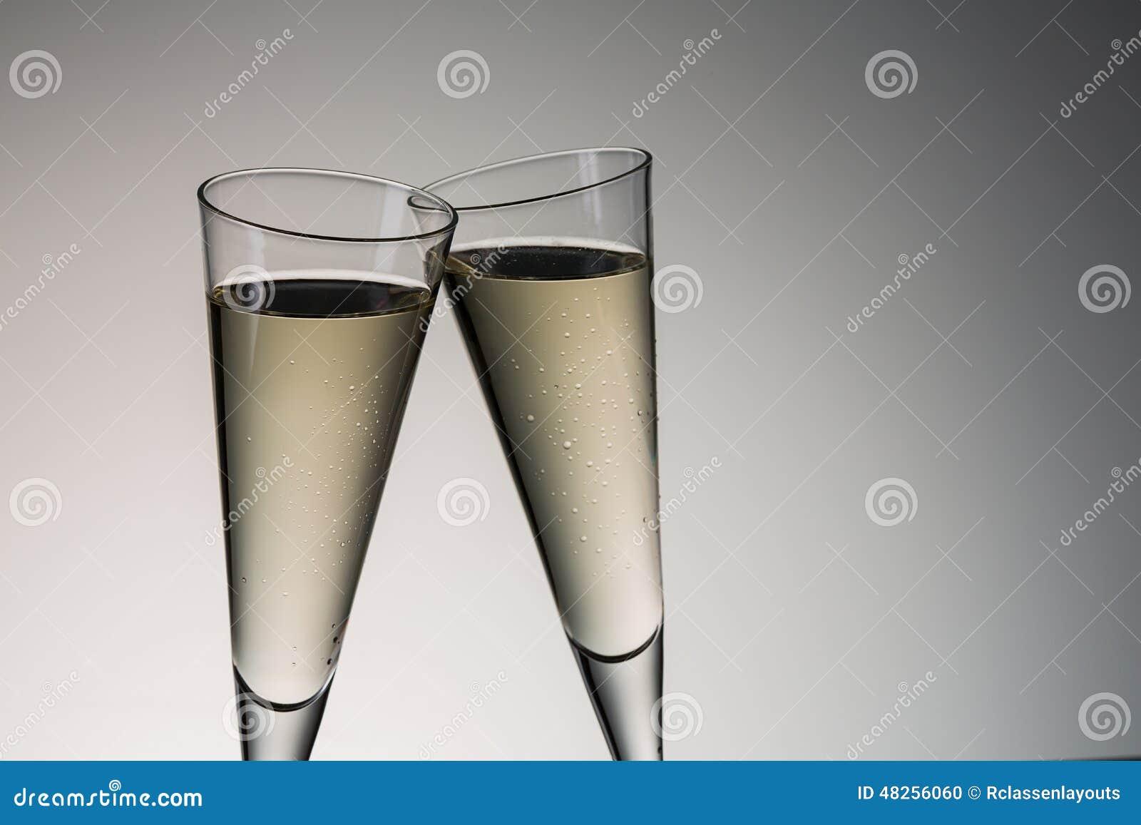 Grzanka z zimnym szampanem