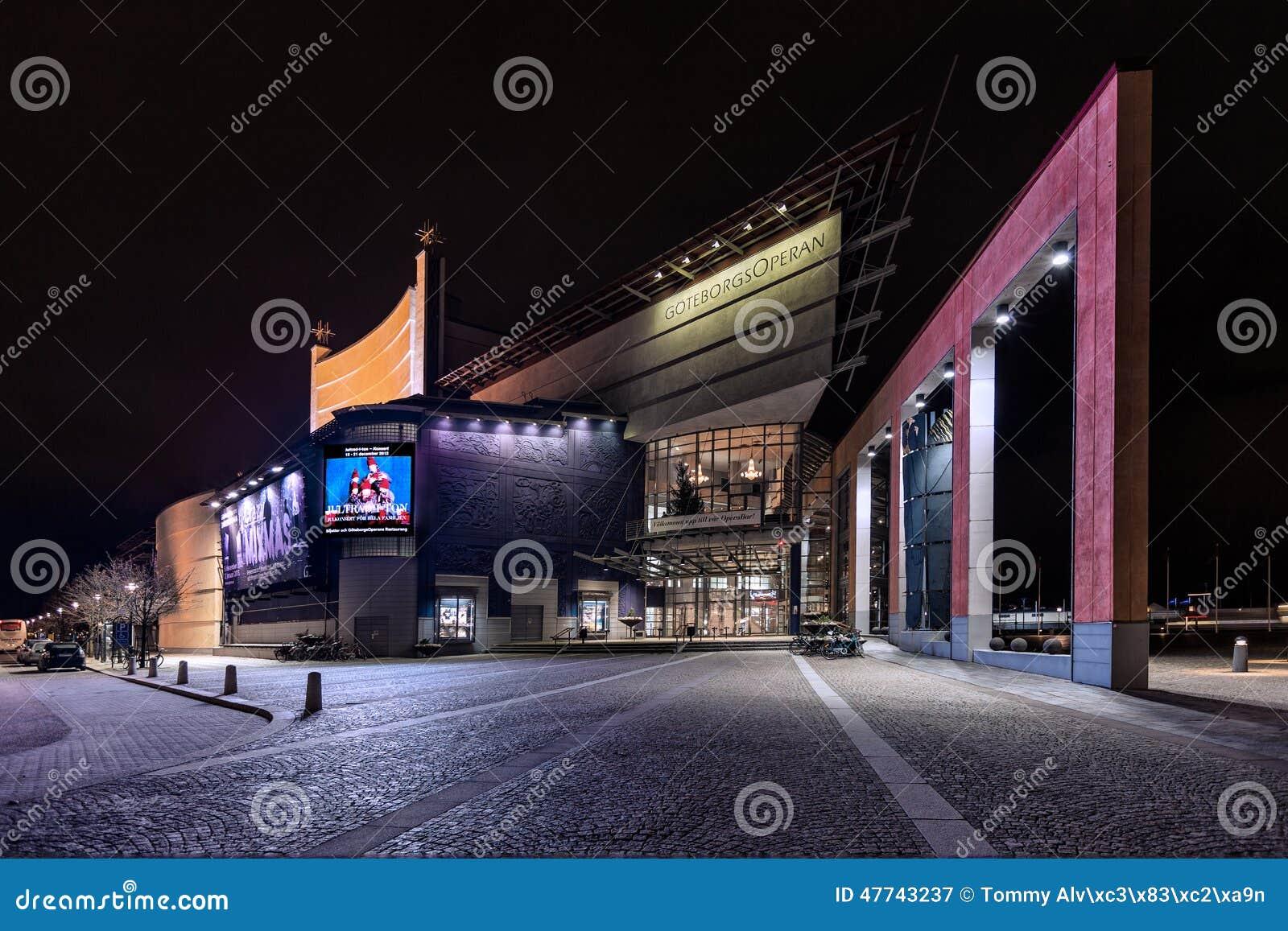 Belysning Göteborg : Göteborg operahus under aftonbelysningen redaktionell arkivbild