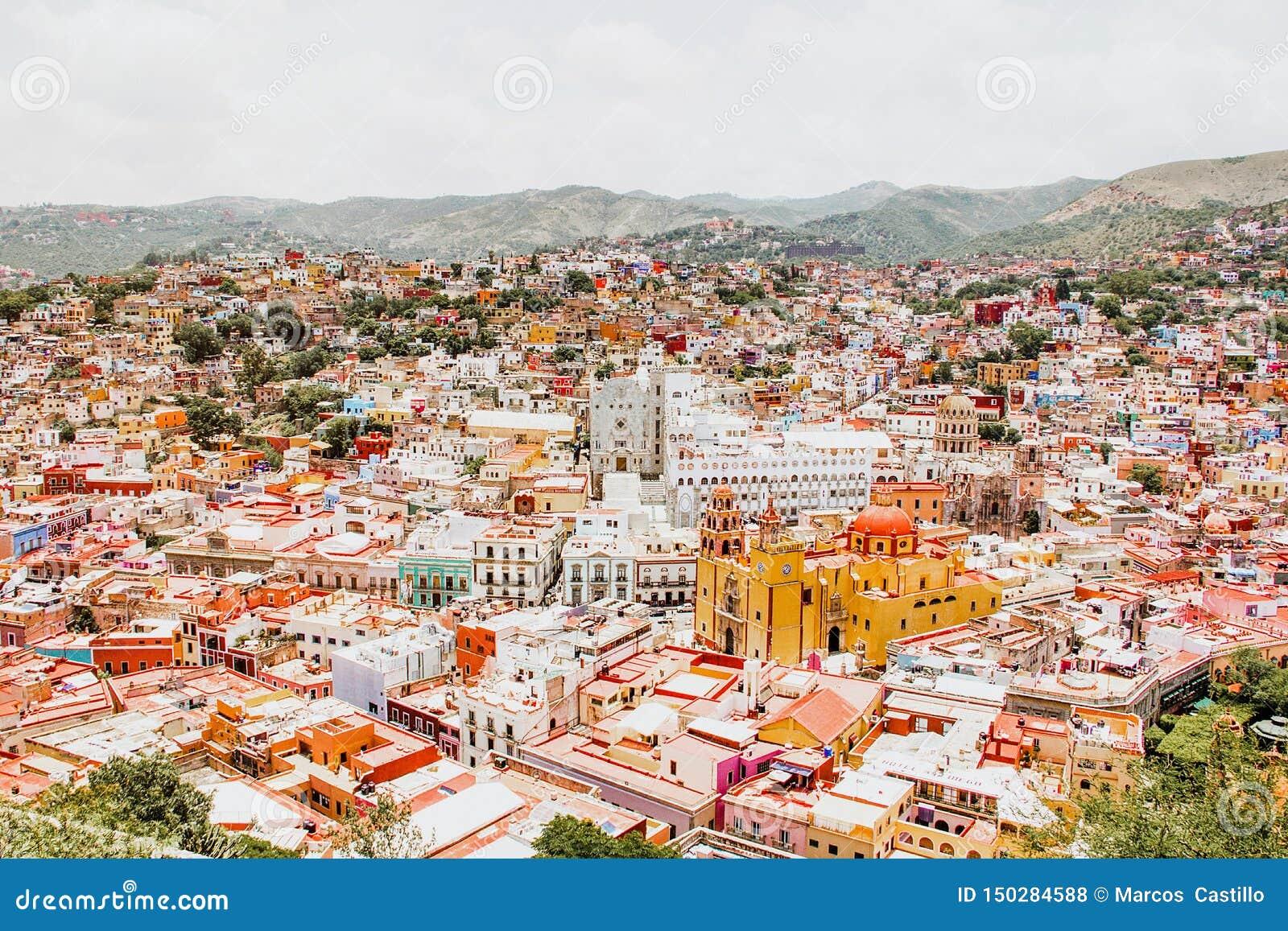 Guanajuato México, vista de uma cidade mexicana colorida