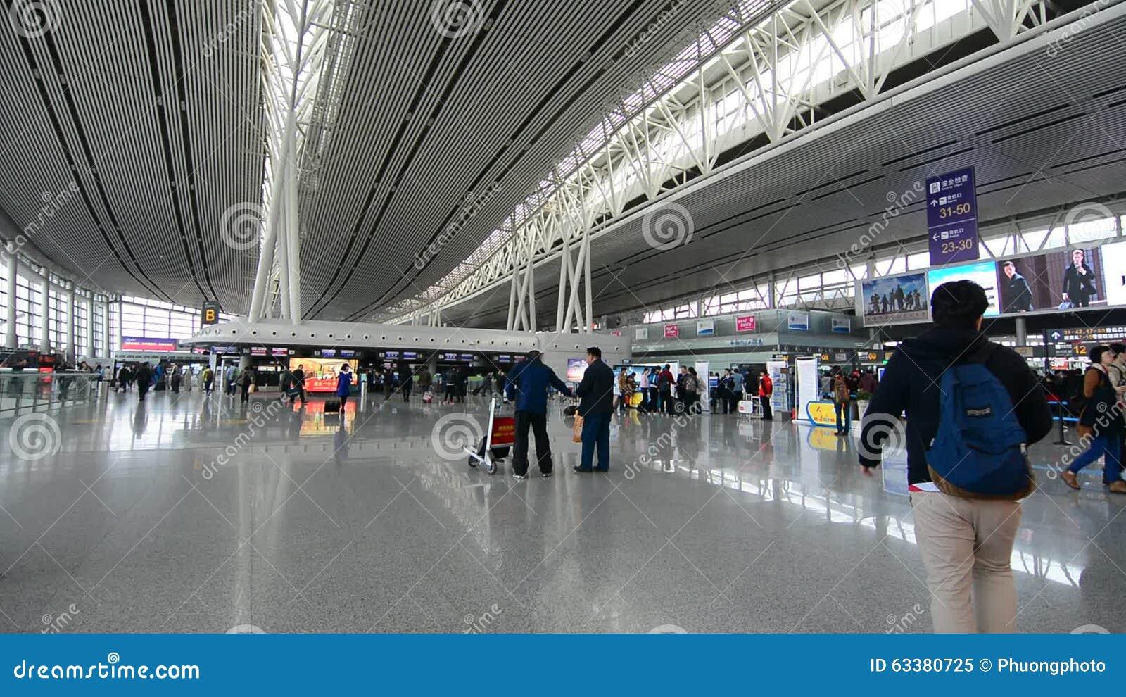 Aeroporto Guangzhou Arrive : Guangzhou baiyun international airport stock video video of