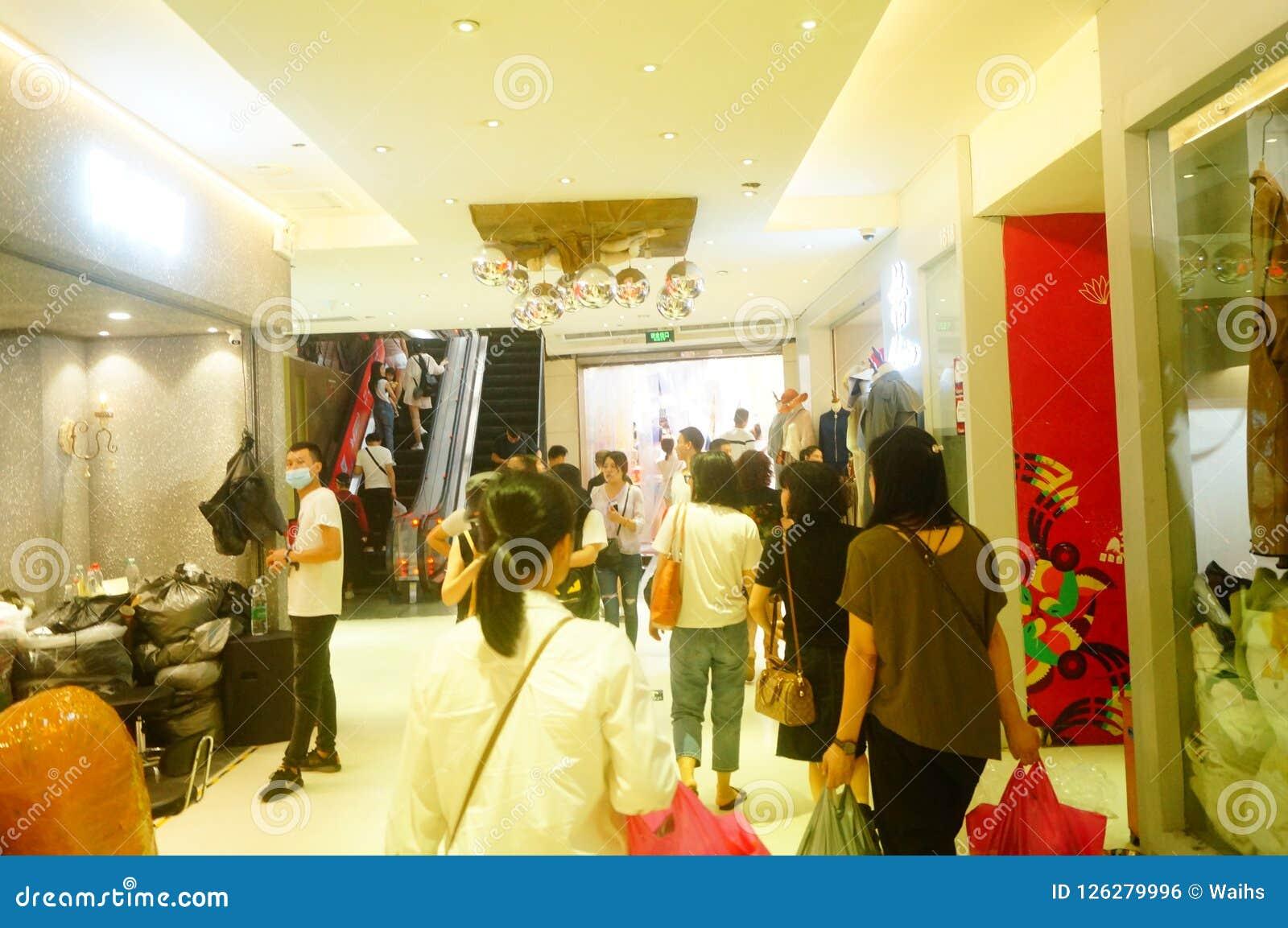 Guangzhou, China: Hongmian International Fashion Market