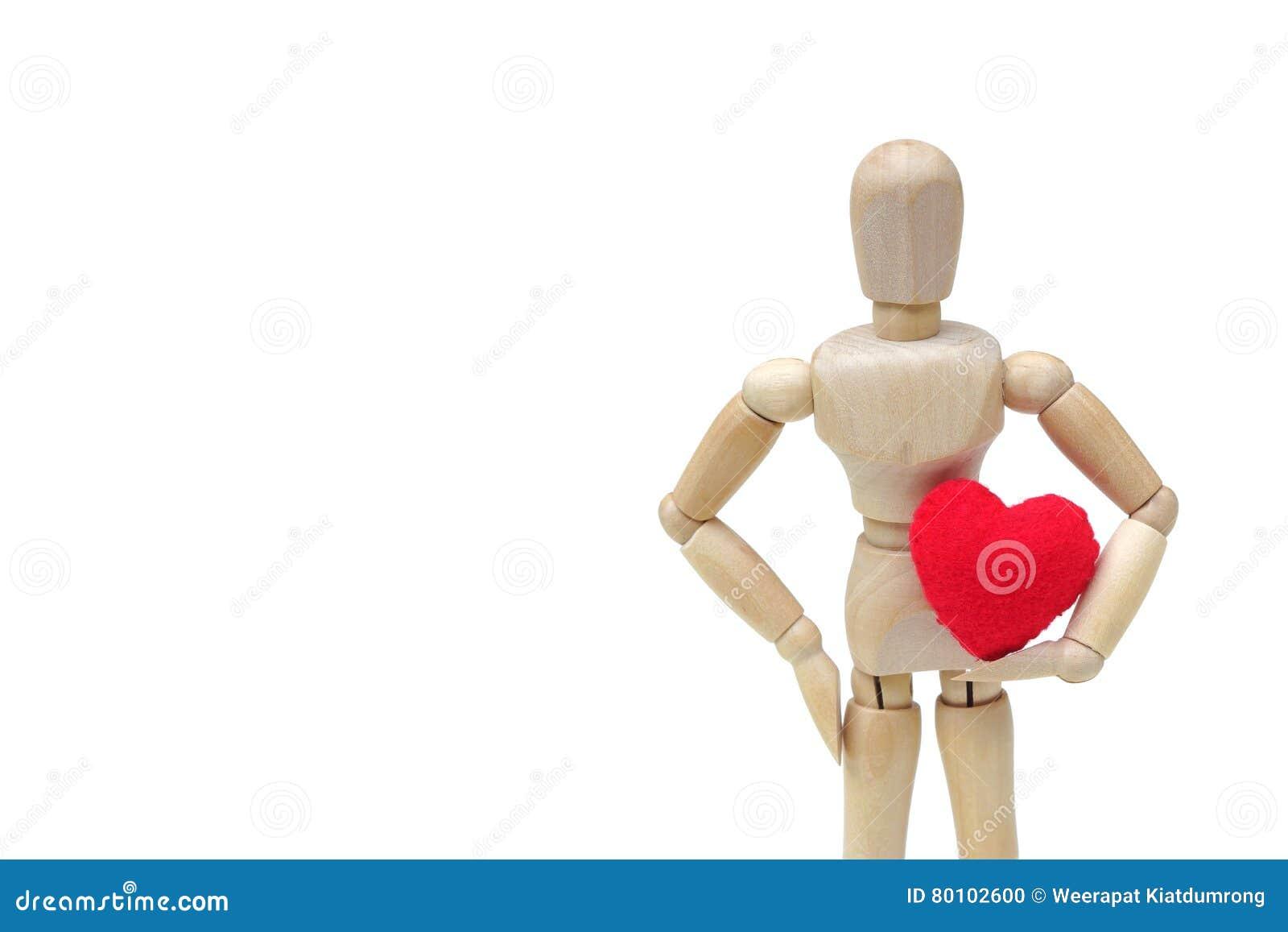 Guardarando o coração vermelho