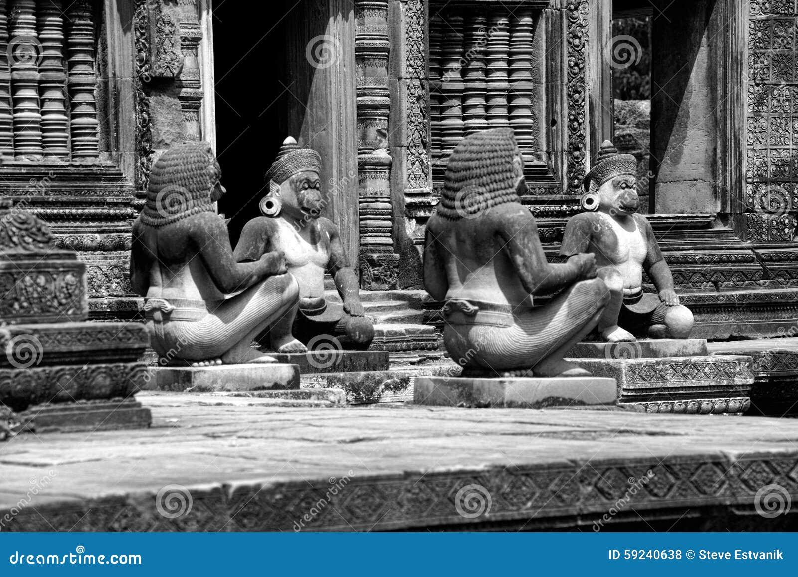 Download Guardas del mono foto de archivo. Imagen de religioso - 59240638