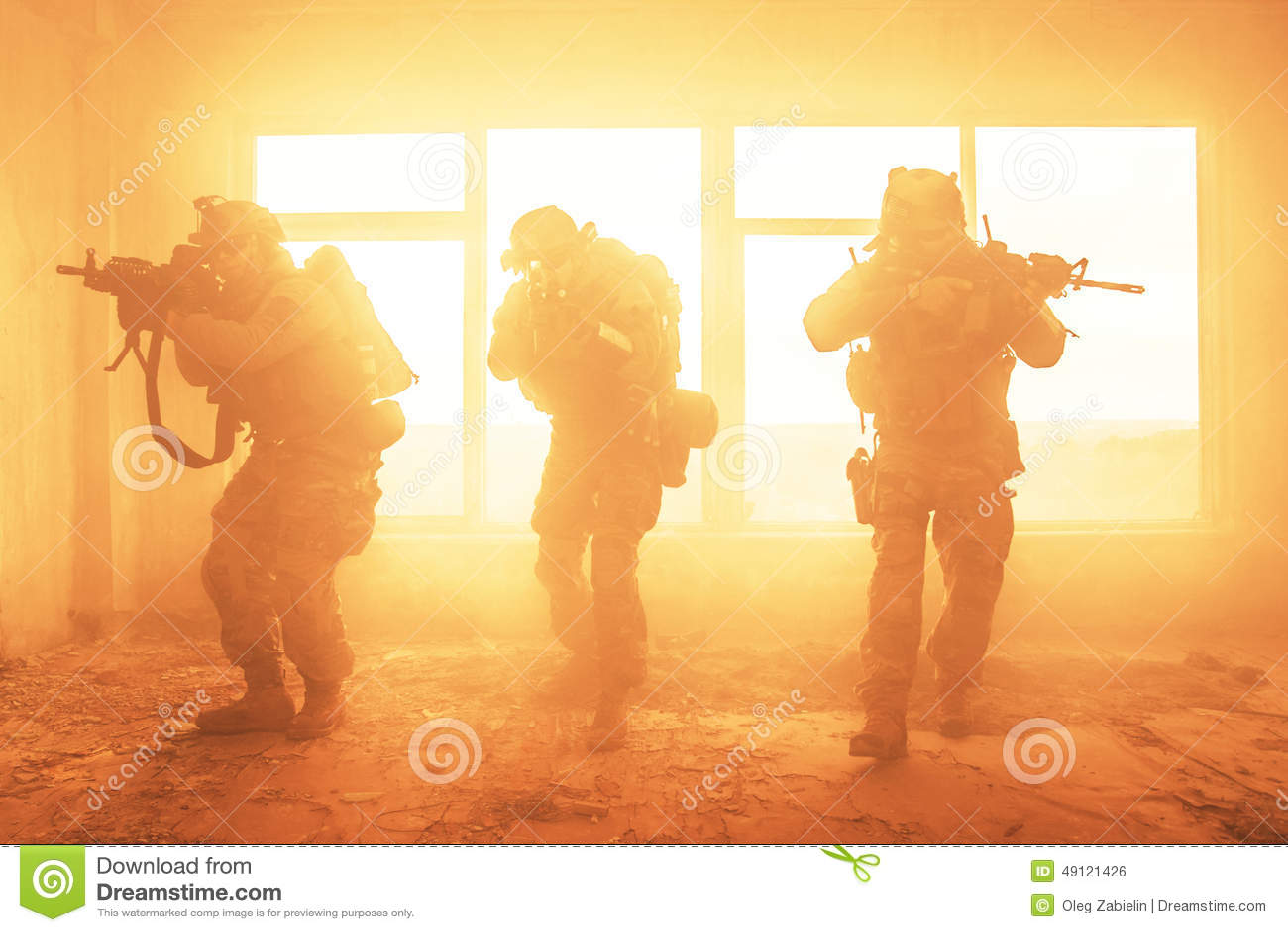 Guardas florestais do exército de Estados Unidos na ação