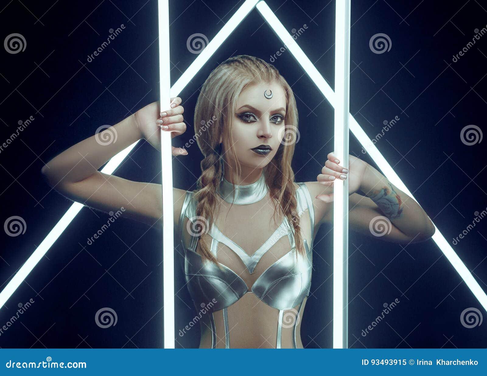 portals art Girl model