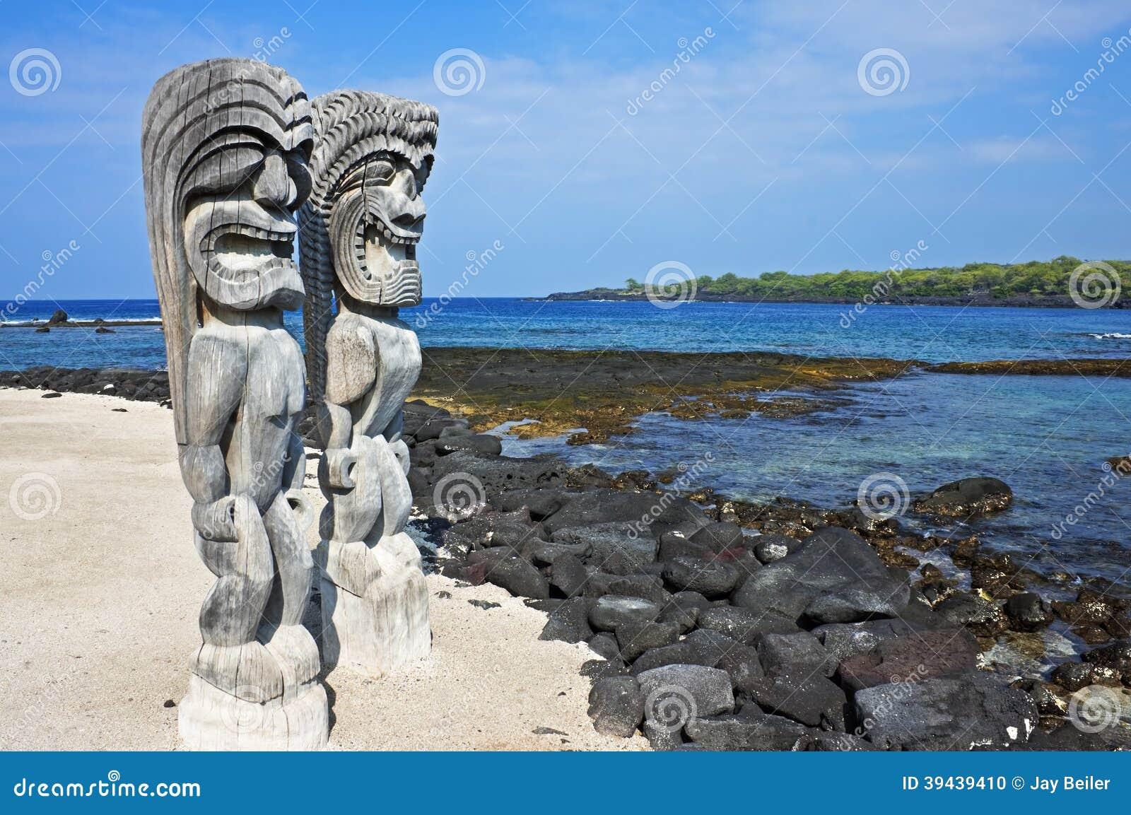 Guardians of Hawaiian royalty
