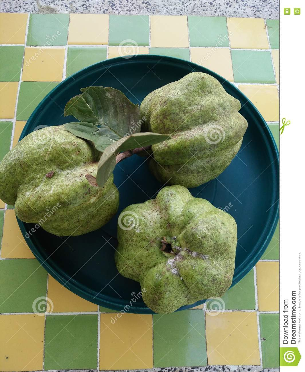 How To Eat Fresh Guava Fruit Solution For How To For Dummies
