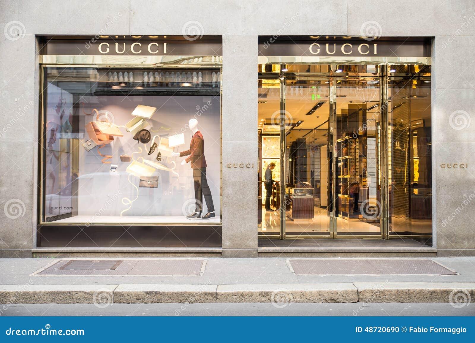 de90ed1615f Gucci boutique editorial image. Image of female
