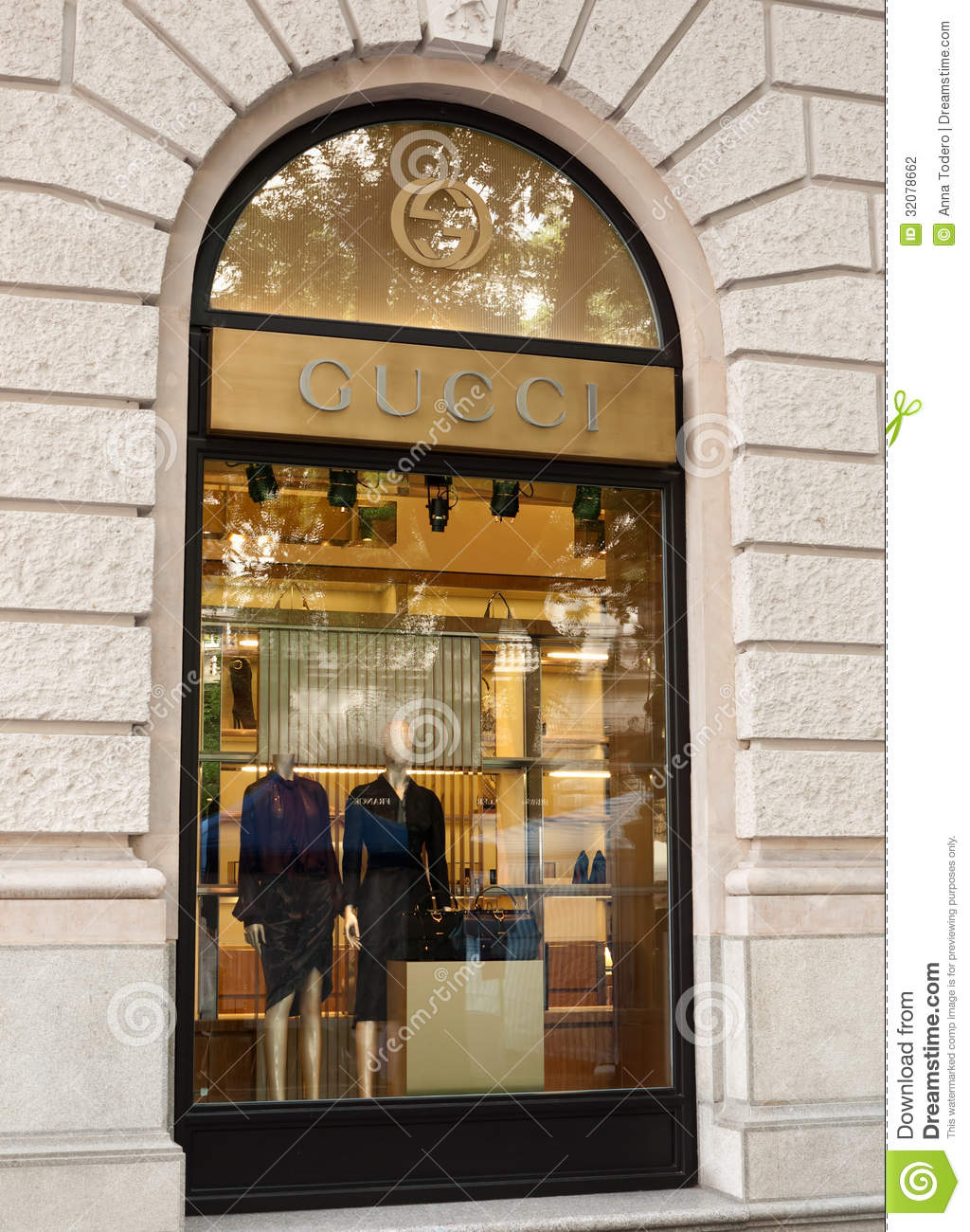 Gucci clothing store Cheap online clothing stores