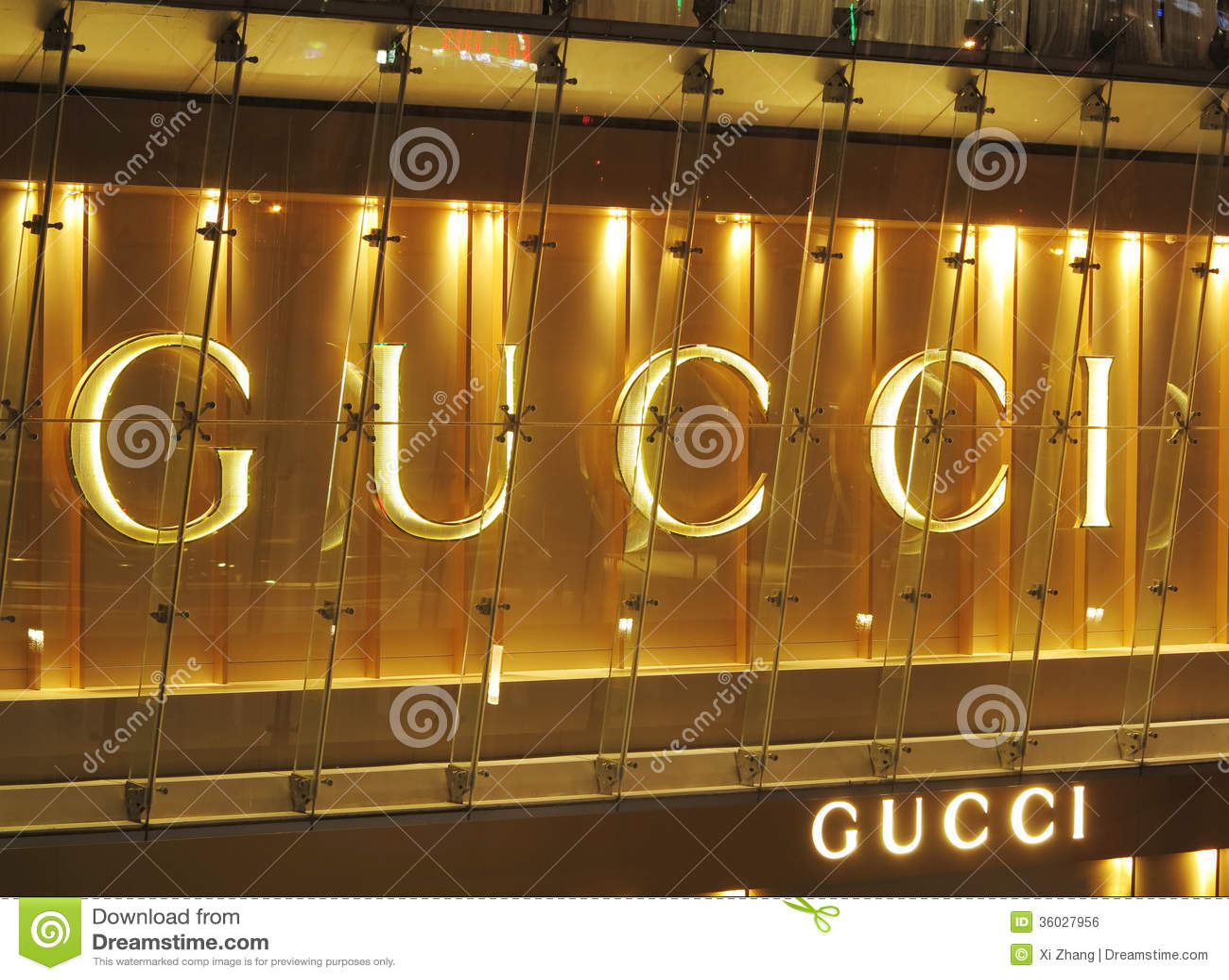 Designer Fashion Online Store. Gucci Clothing