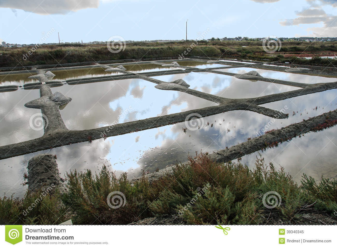Guerande stock photo image 39340345 for Design of evaporation pond