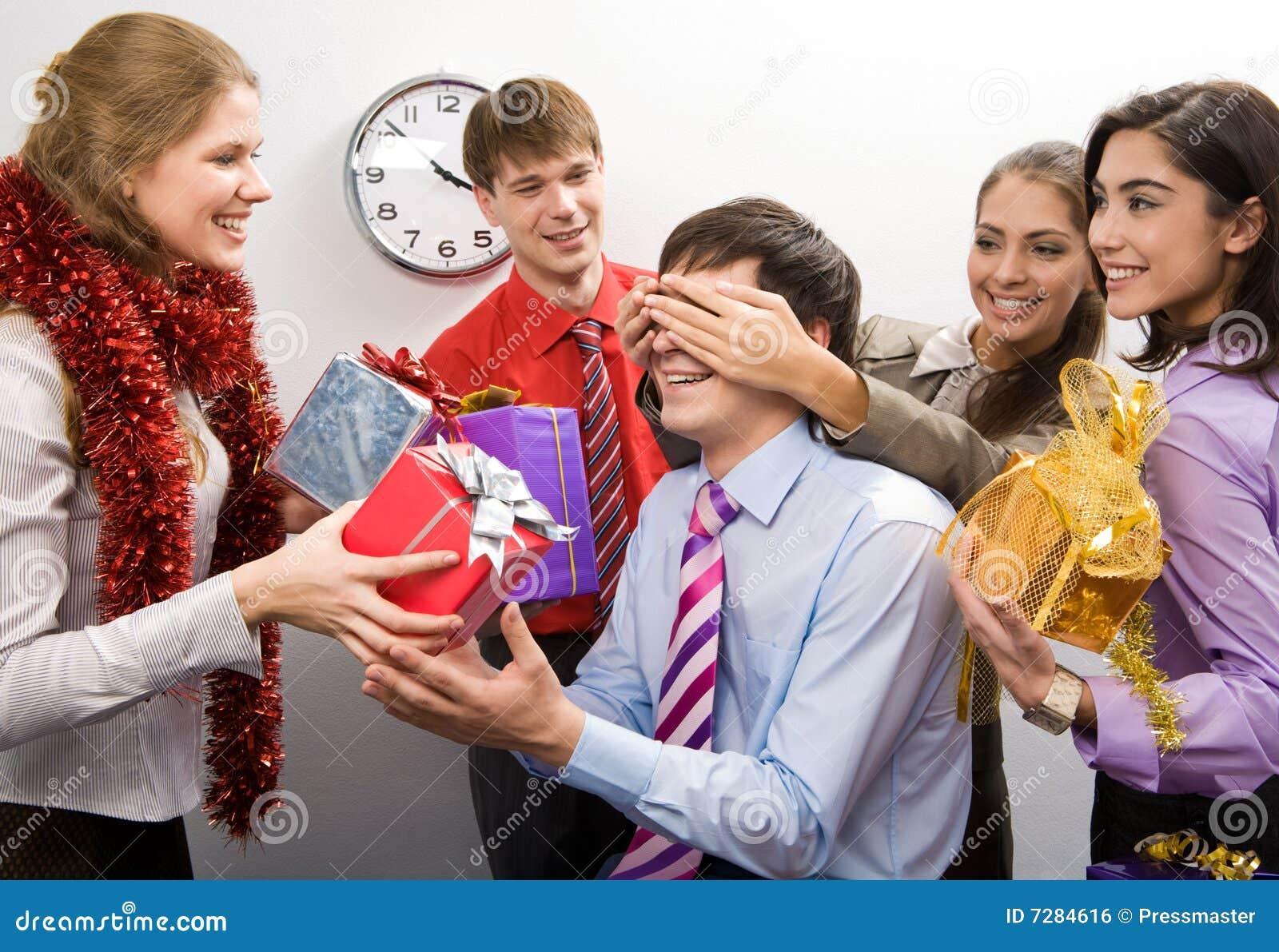 Секс сотрудников на корпоративе 6 фотография