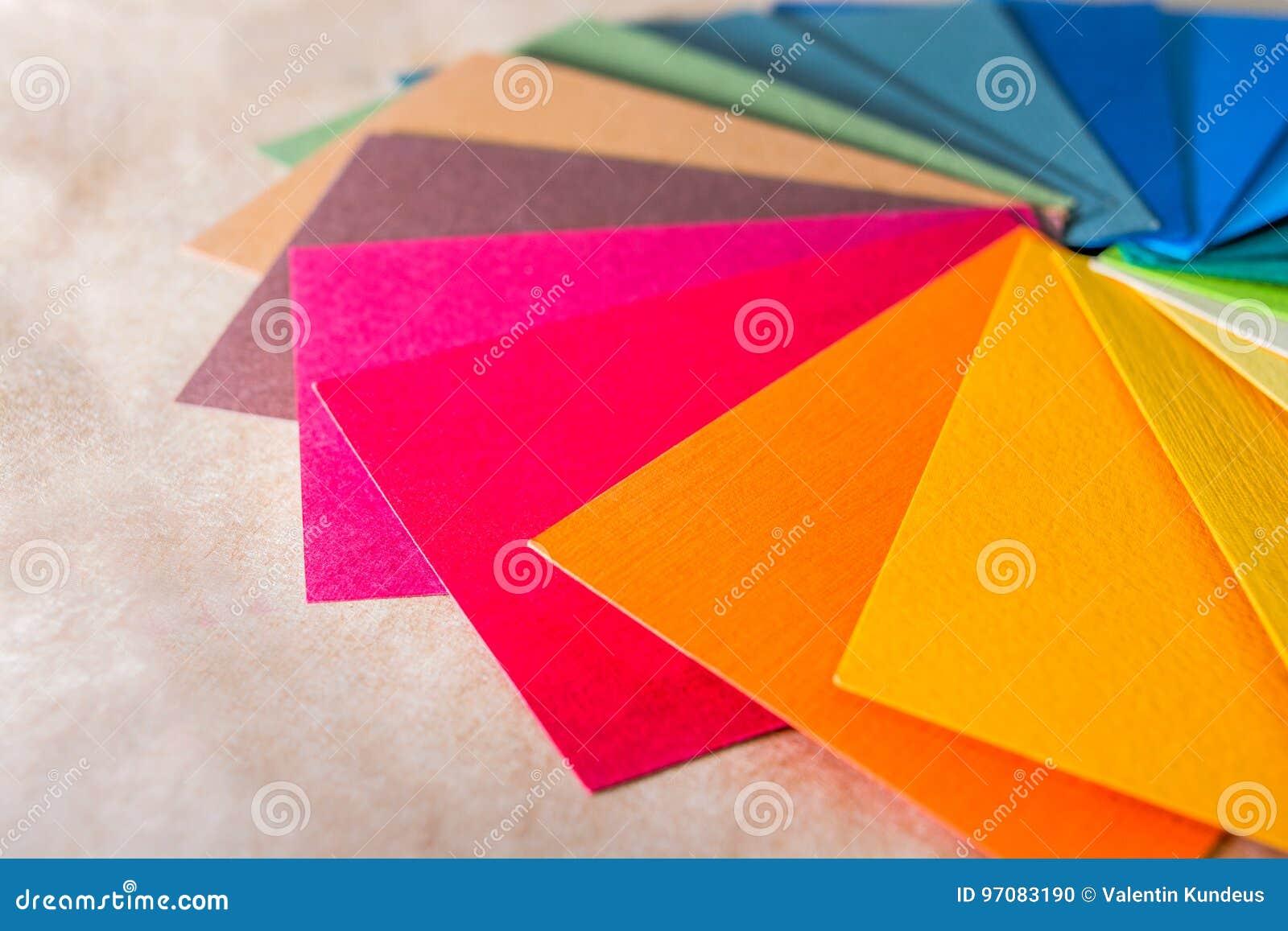 Guide de palette de couleur Le papier texturisé coloré prélève le catalogue d échantillon Couleurs lumineuses et juteuses d arc-e