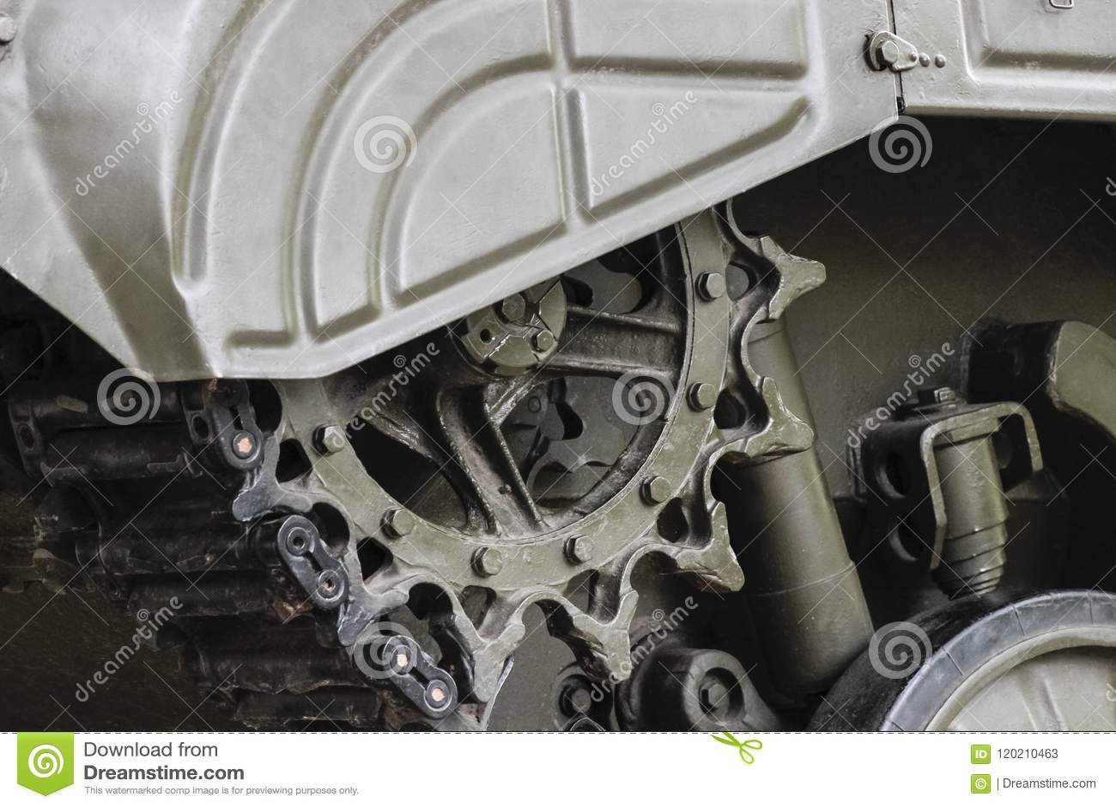 Guiding wheel of a military tank