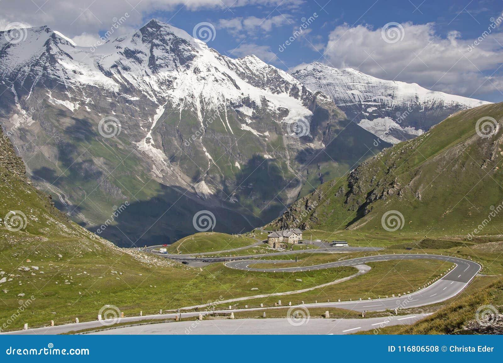 Guidi sull alta strada alpina di Großglockner