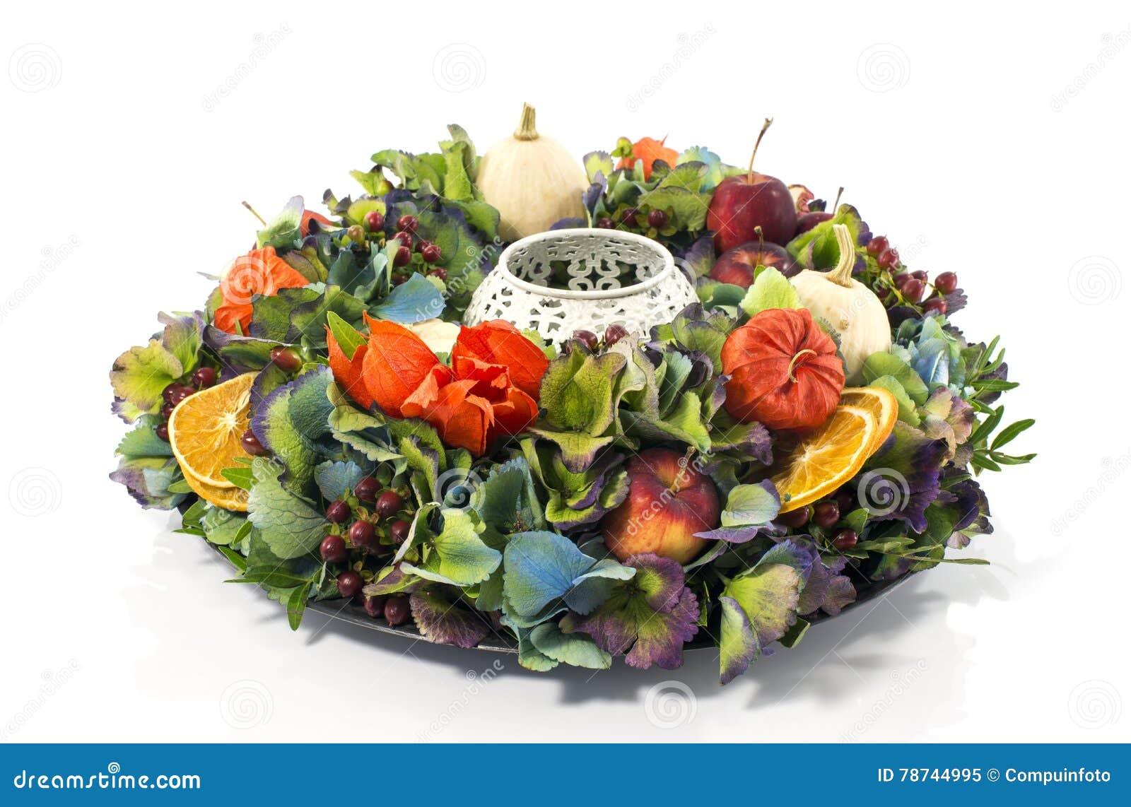Guirlande de composition florale en automne photo stock image 78744995 - Composition florale automne ...