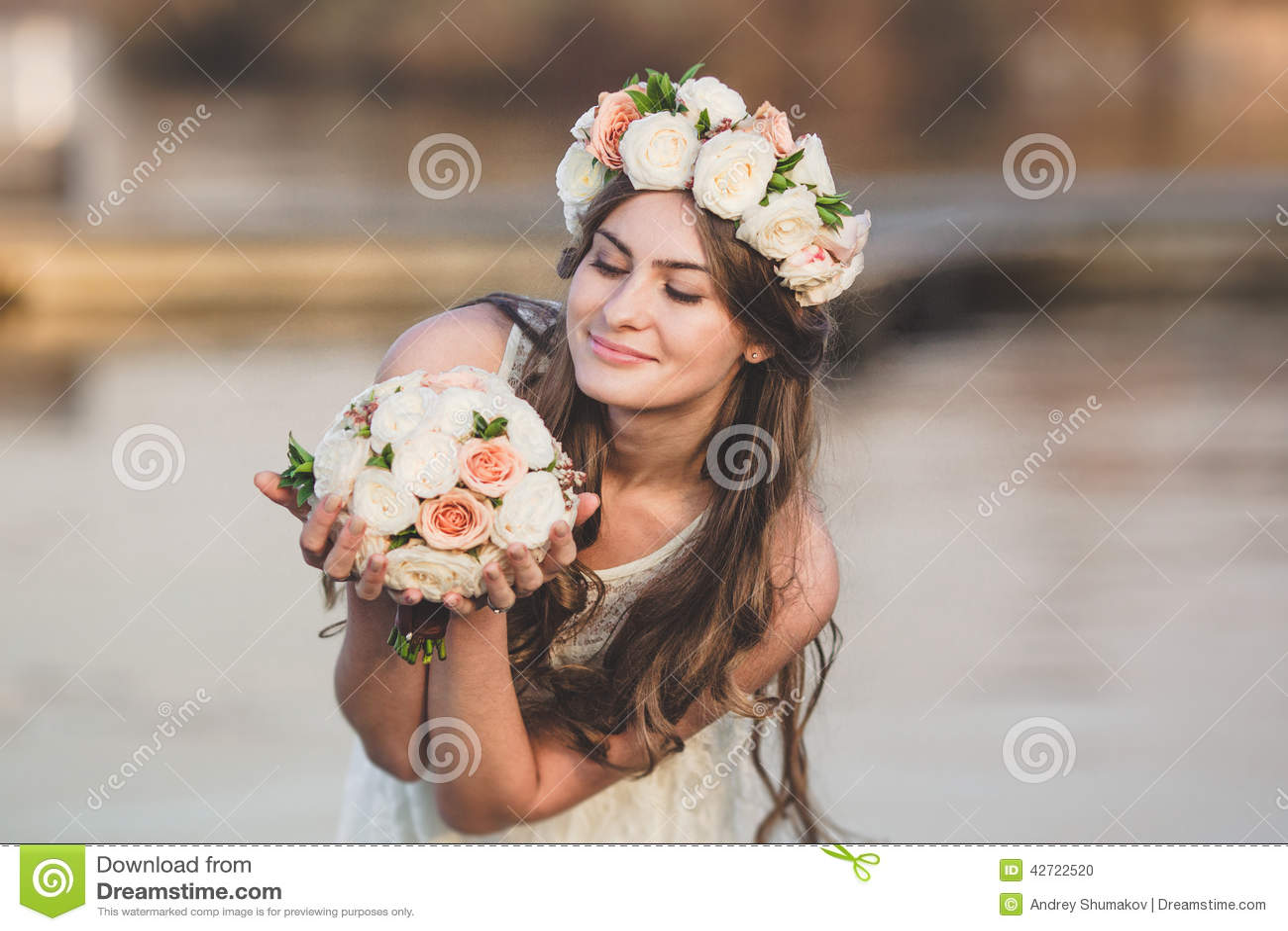 Guirnalda de la muchacha y de la flor