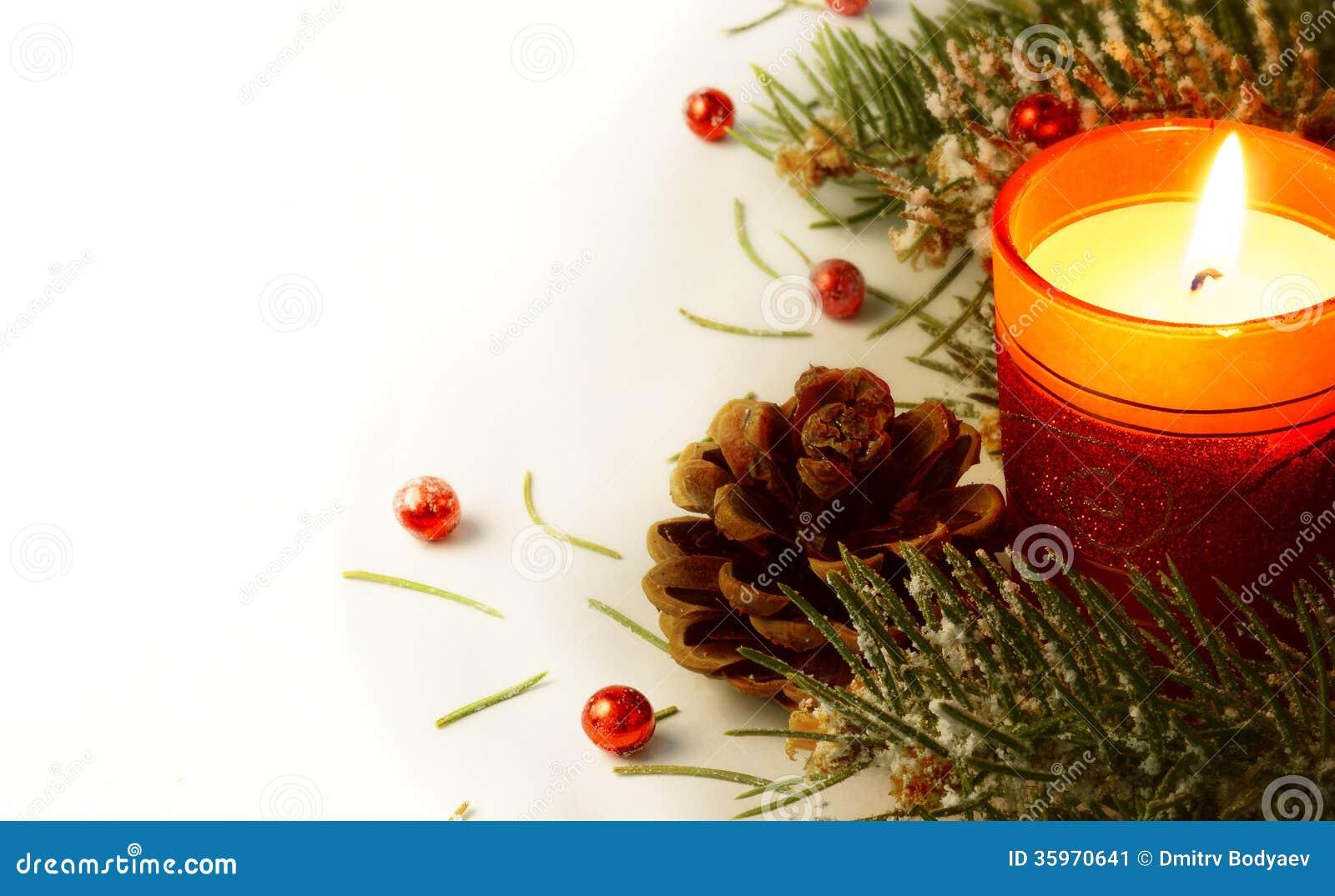 Guirnalda y vela del árbol de navidad