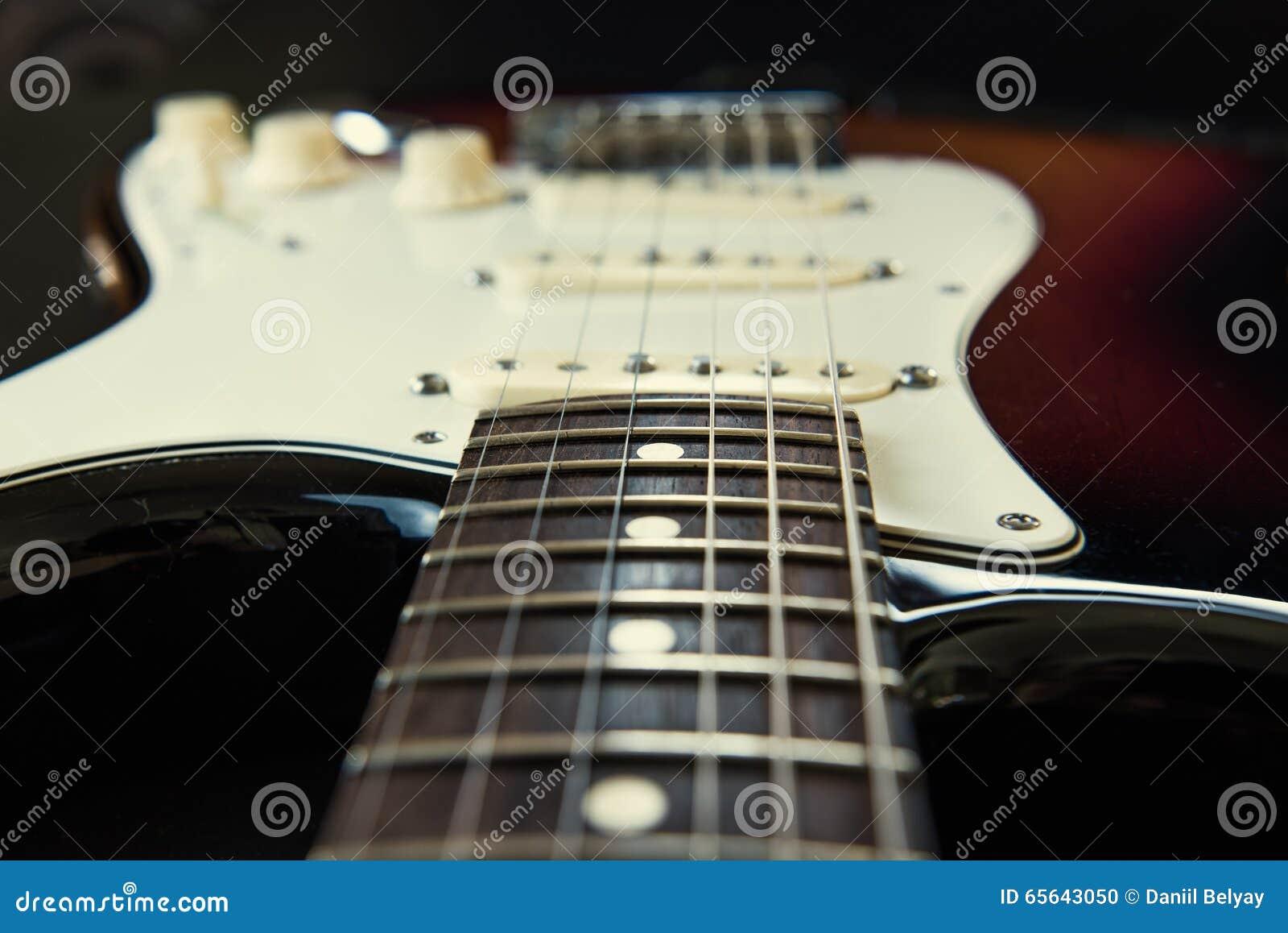 Guitare de corps de rayon de soleil