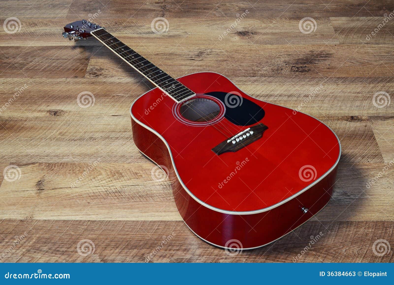 Guitarra em um assoalho
