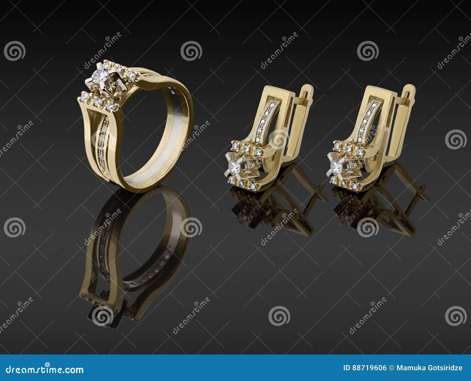 senaste rabatt skor för billiga designer mode Guld- Cirkel Och örhängen Med Diamanter Arkivfoto - Bild av blankt ...