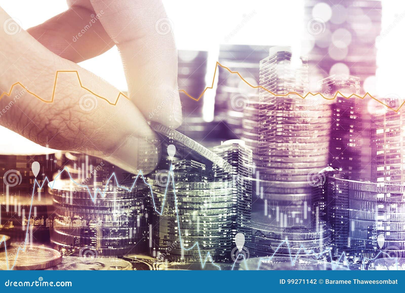 Guld- mynt pengar och grafekonomi för investeringfinans