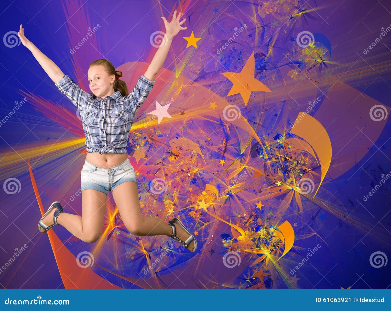 Gullig tonårig flicka som har det roliga partiet
