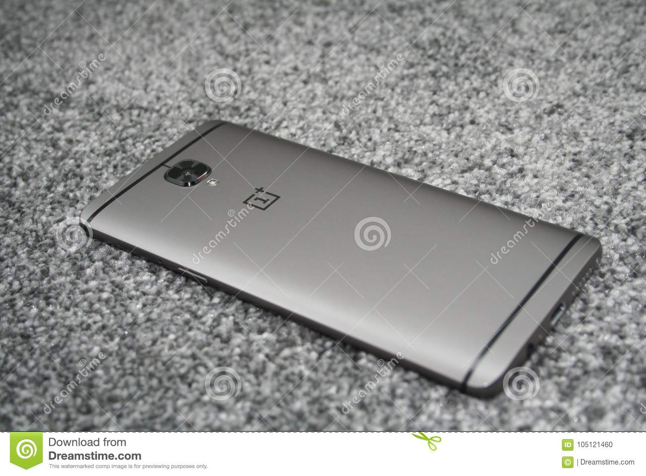 Gunmetal Oneplus 3T editorial image  Image of phone - 105121460
