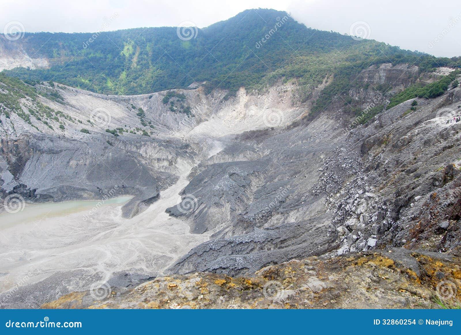 Gunung Bartur volcano