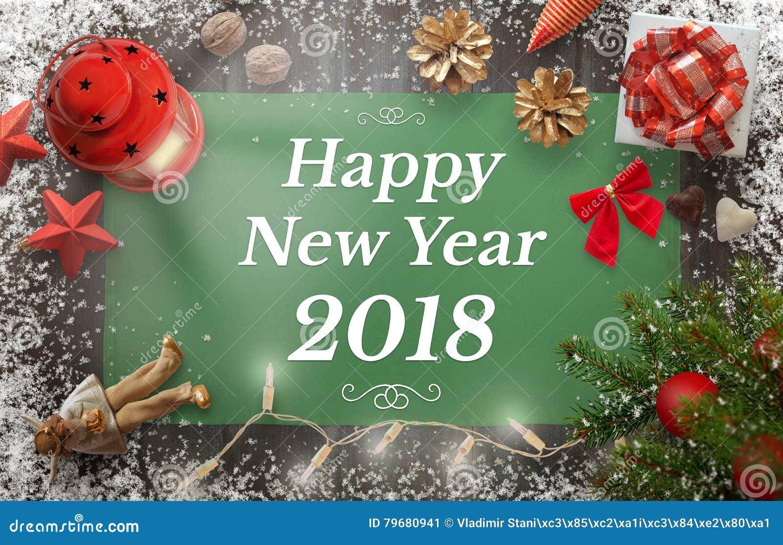 Guten Rutsch ins Neue Jahr-Gruß mit Weihnachtsbaum, Geschenk, Dekorationen