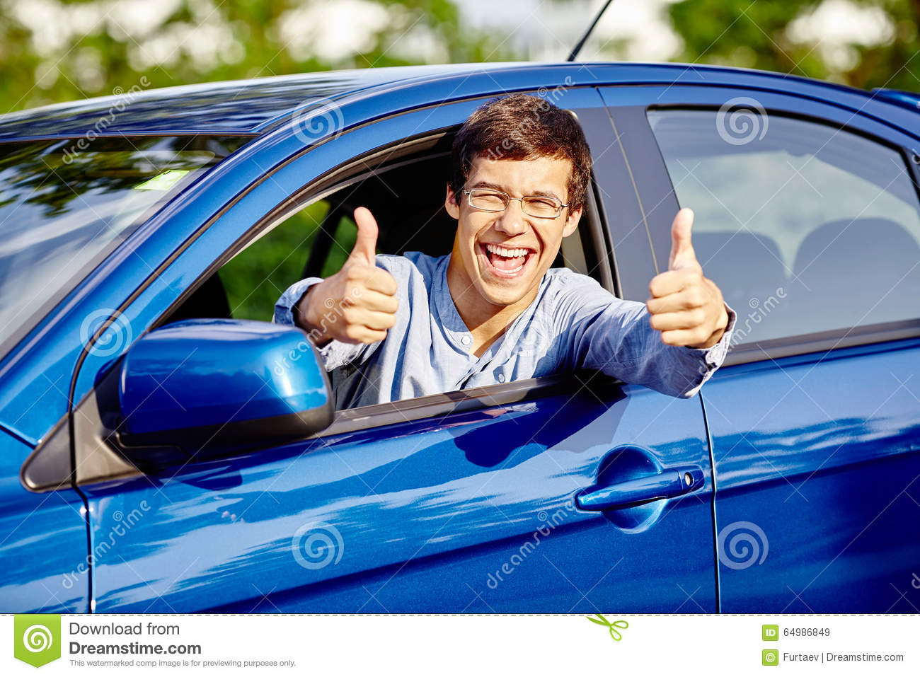 guy inside car showing thumbs up stock photo image 64986849. Black Bedroom Furniture Sets. Home Design Ideas