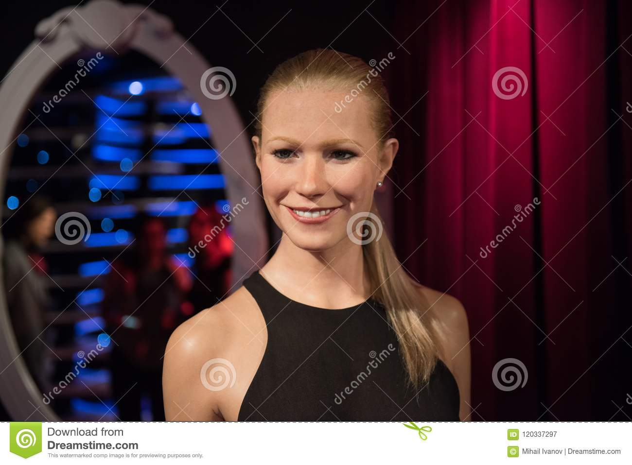 Gwyneth Paltrow Wax Sculpture Madame Tussaud Editorial Photography