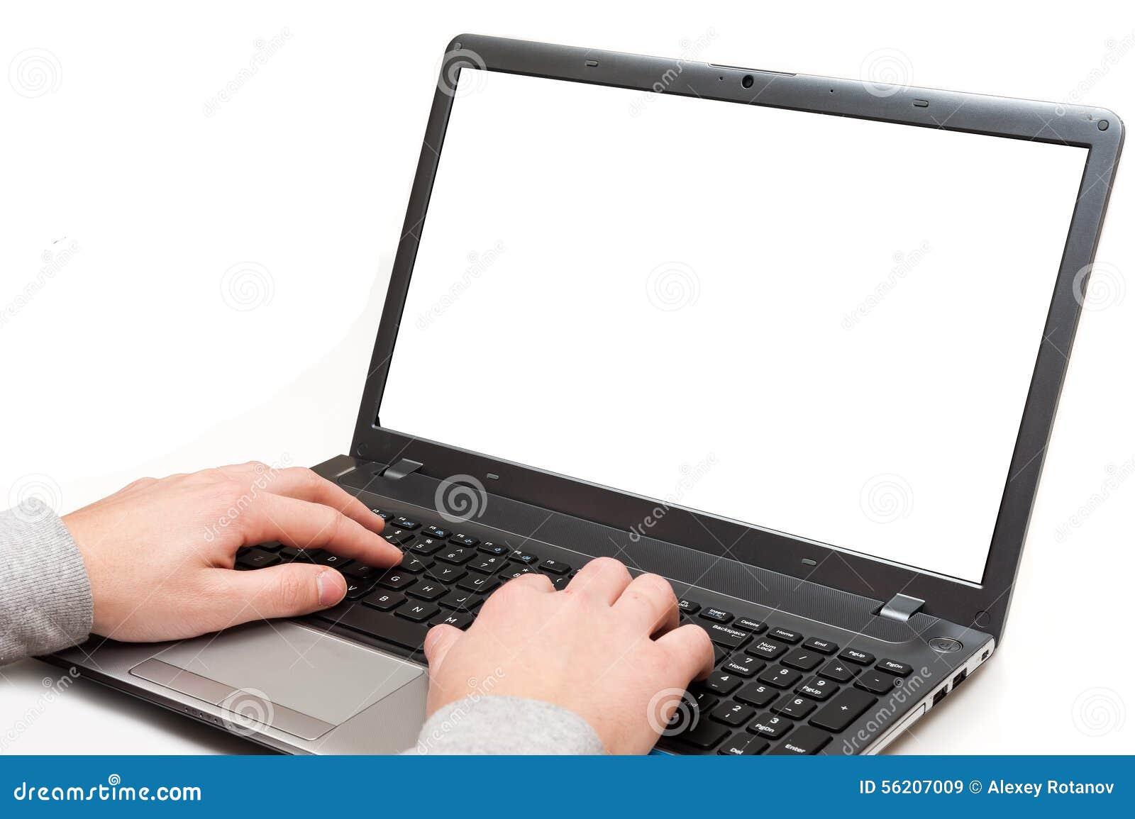 Hände auf einer Laptop-Computer mit dem leeren Bildschirm lokalisiert