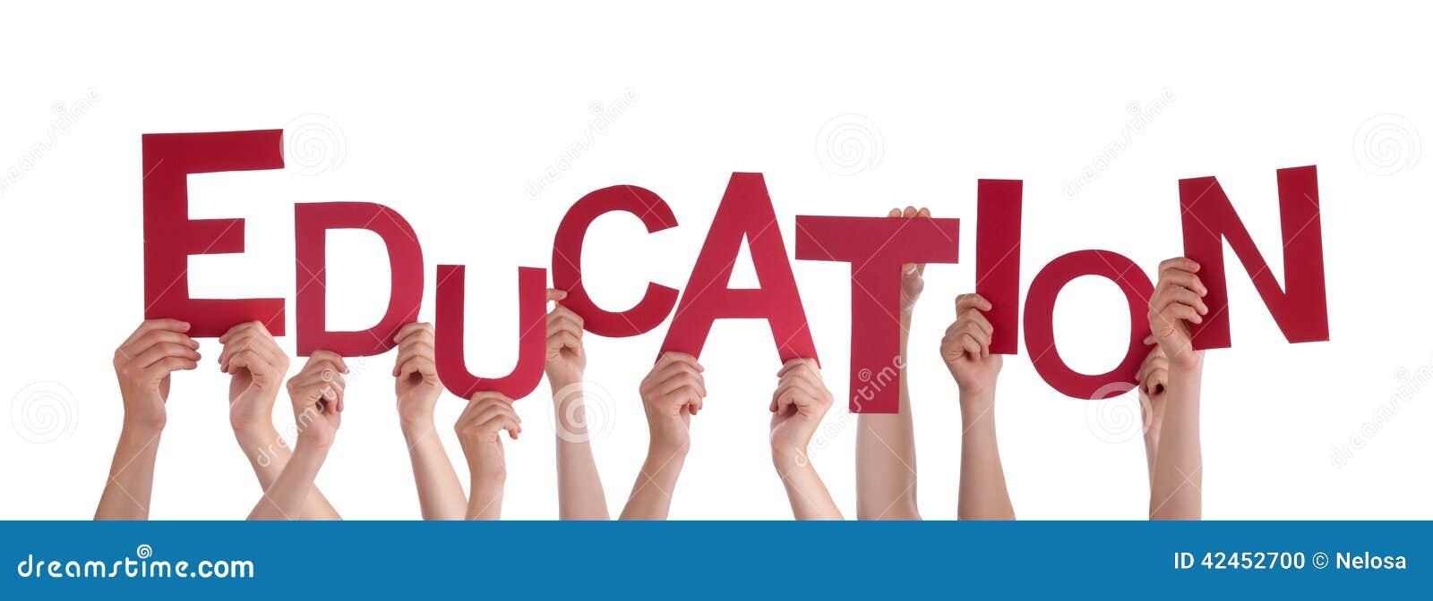 Hände, die Bildung halten