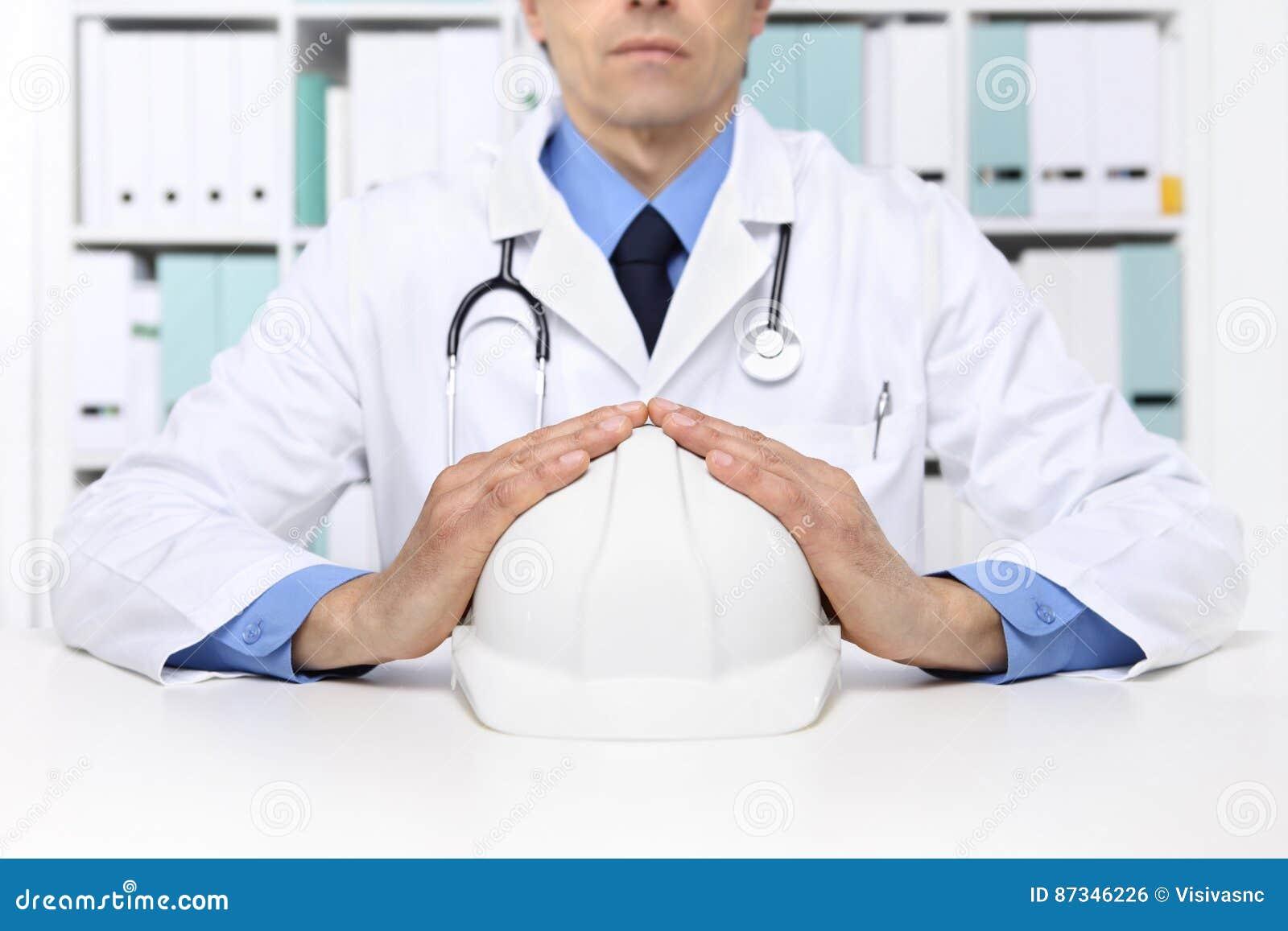 Händer manipulerar skyddar hjälmarbetaren, medicinsk sjukförsäkring lurar