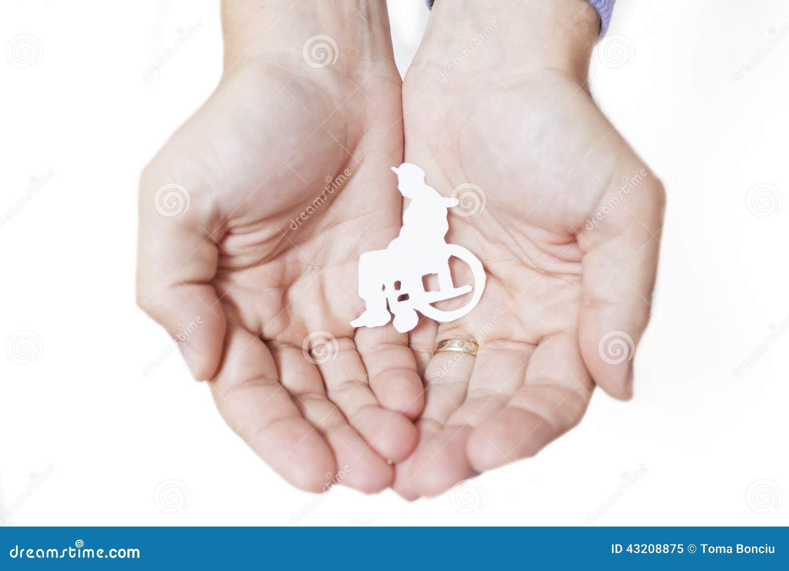 Download Händer Som Skyddar En Handikappade Personermänniska Fotografering för Bildbyråer - Bild av inaktiverat, vitt: 43208875