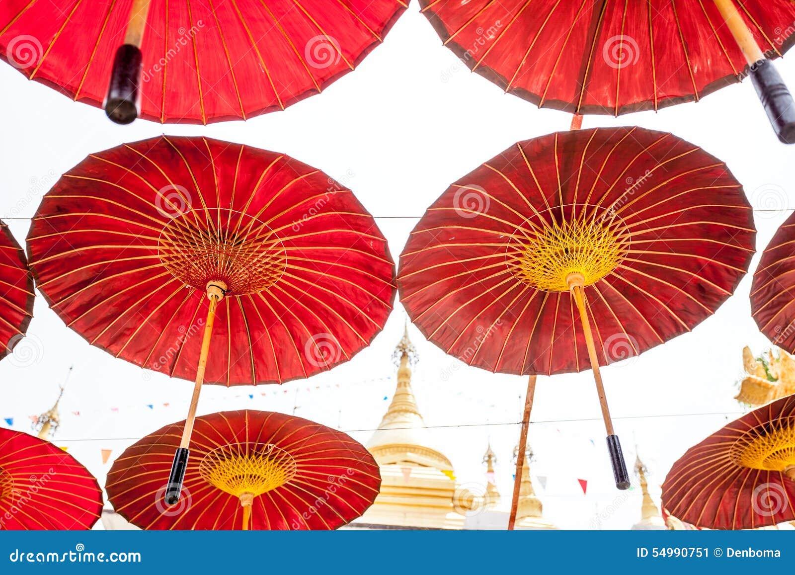 Hängande paraplyer