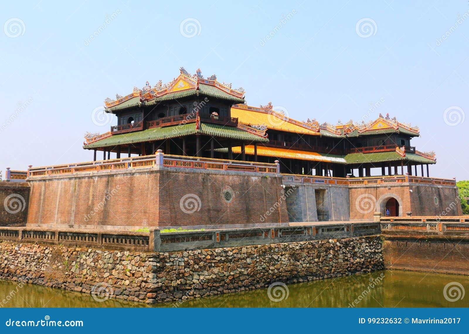 Hänrycka porten, Forbidden City, tonen, Vietnam
