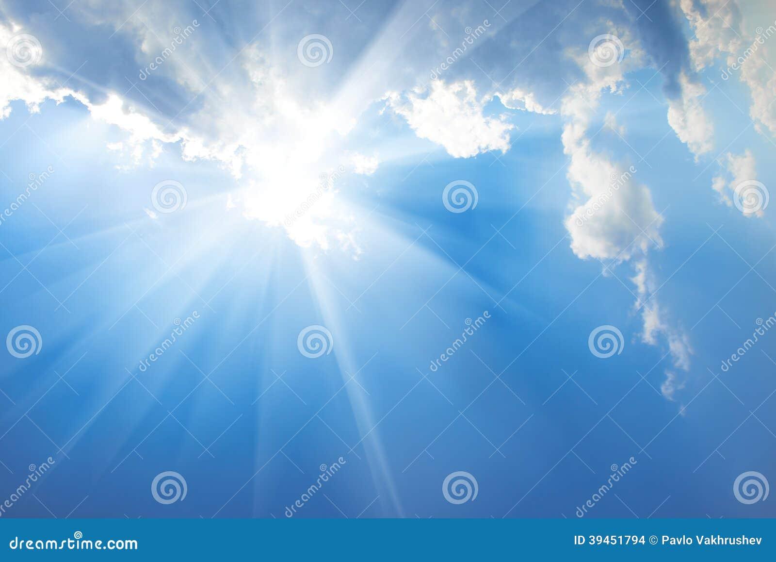 Härlig blå himmel