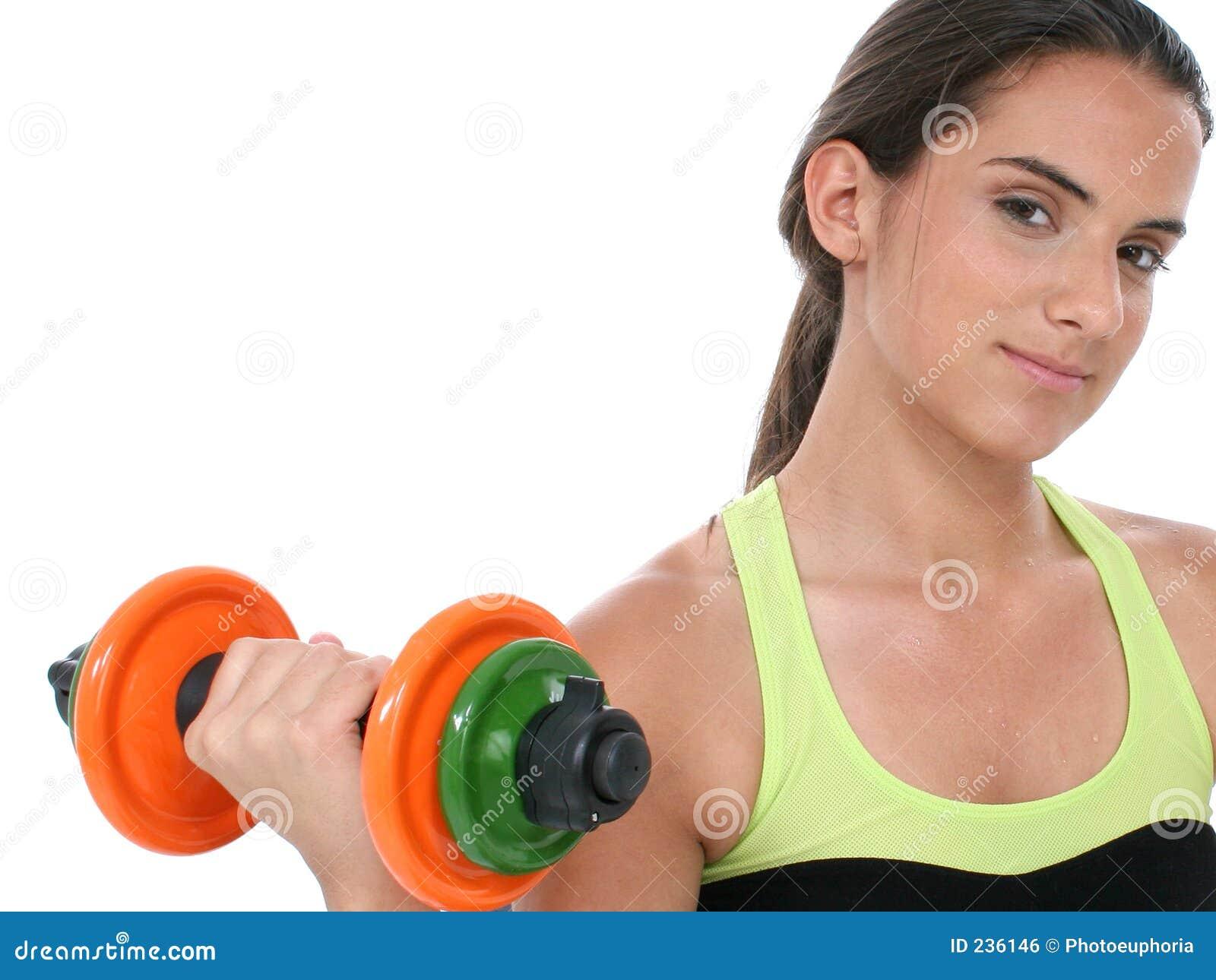 Härlig färgrik flicka som rymmer teen vikter