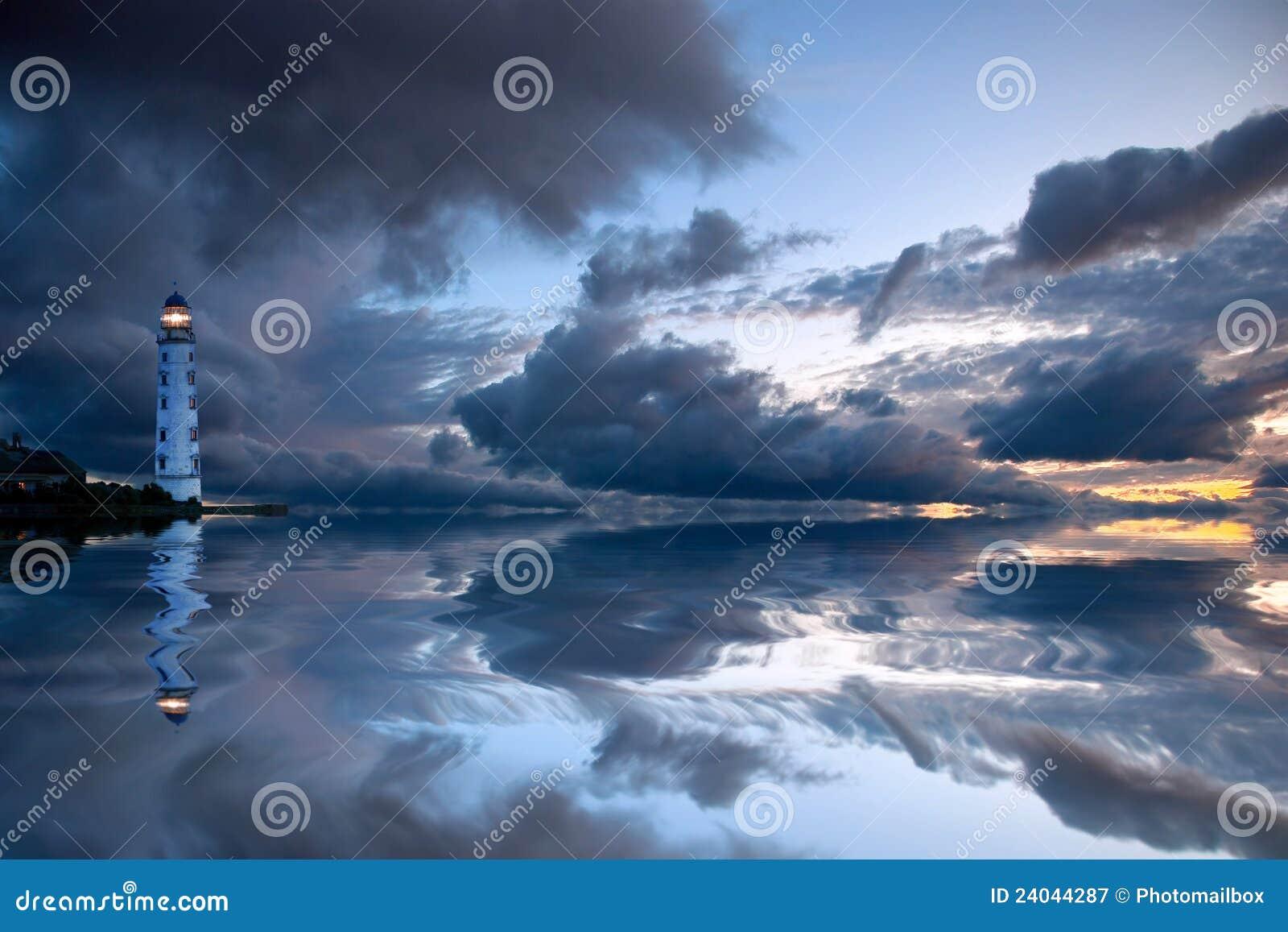 Härlig seascape för fyr nightly