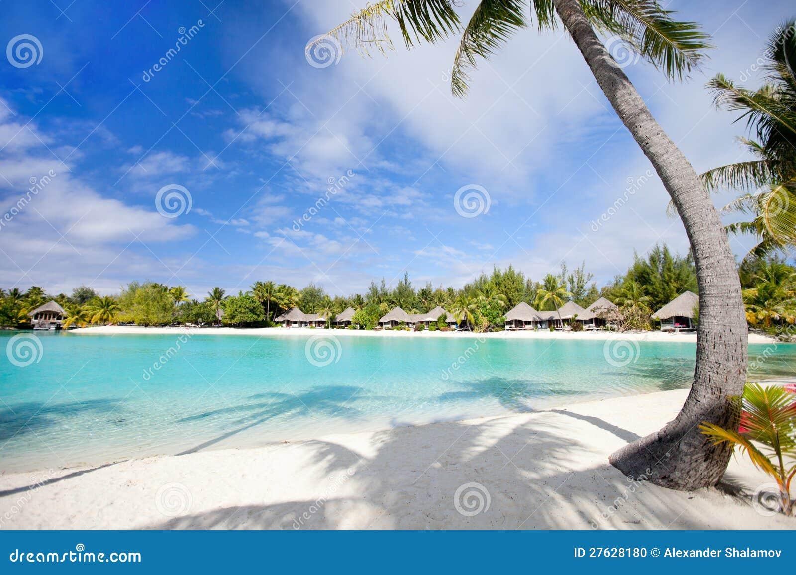 Härlig strand på Bora Bora