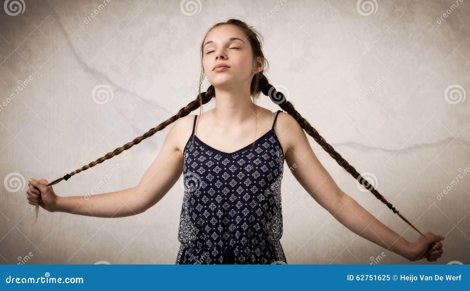Håriga tonårs flickor