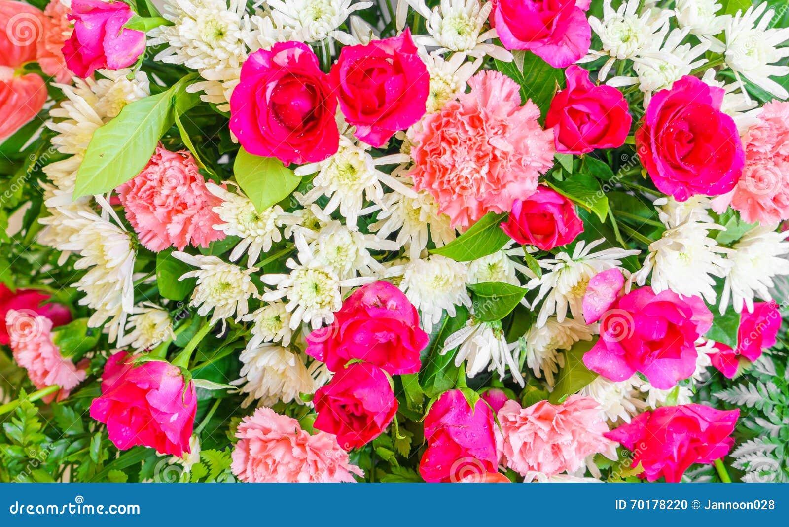 Härliga blommor för valentin och bröllopplats