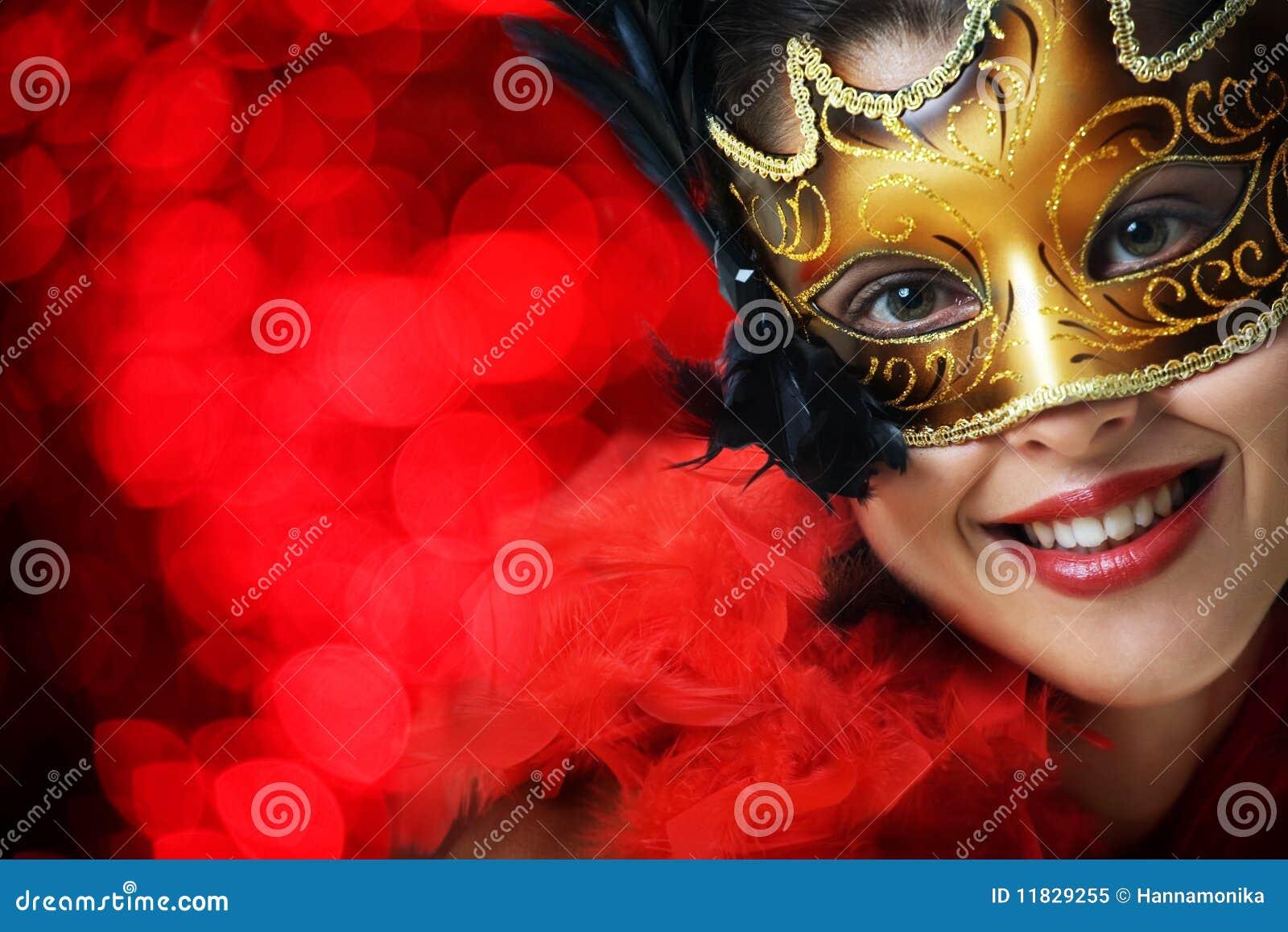 Härligt barn för karnevalmaskeringskvinna