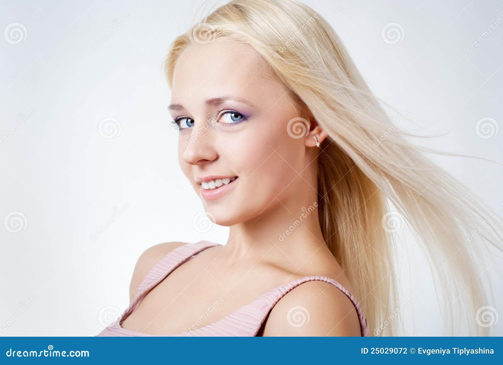 Härligt blont flickahår