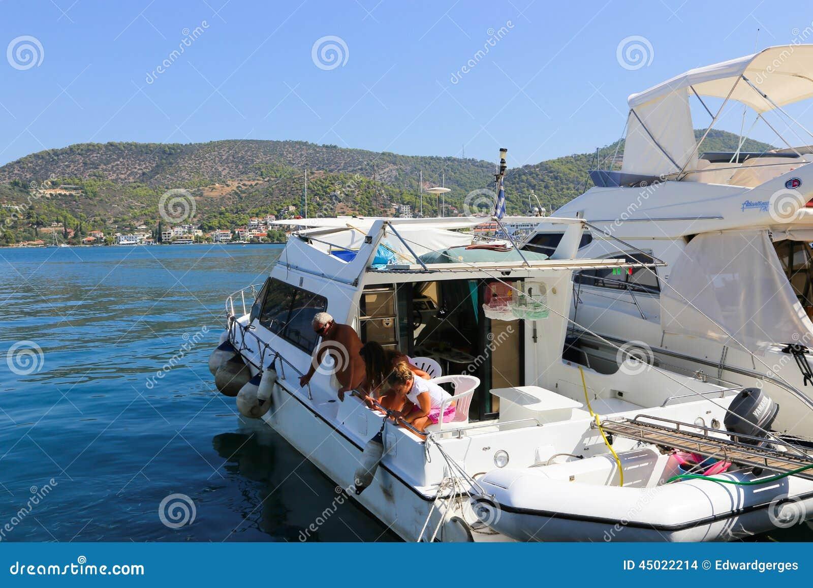 Härligt grekiskt fiske